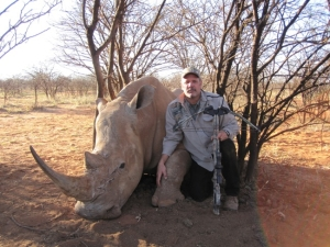 So.-Africa-212-1st-xbow-Rhino-300x225