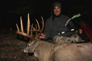 SK-168-bowhunter-with-big-buck-300x200
