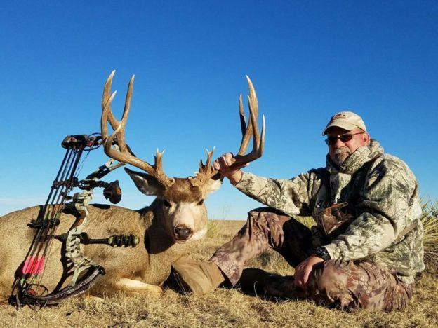 huge muley bow kill