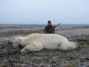 Fall-Polar-Bear-Hunt-3-300x225