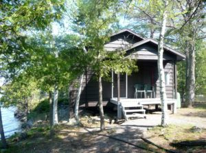 Pickerel-Bay-Lodge-cottages-for-rent-cabin-10-300x223-300x223