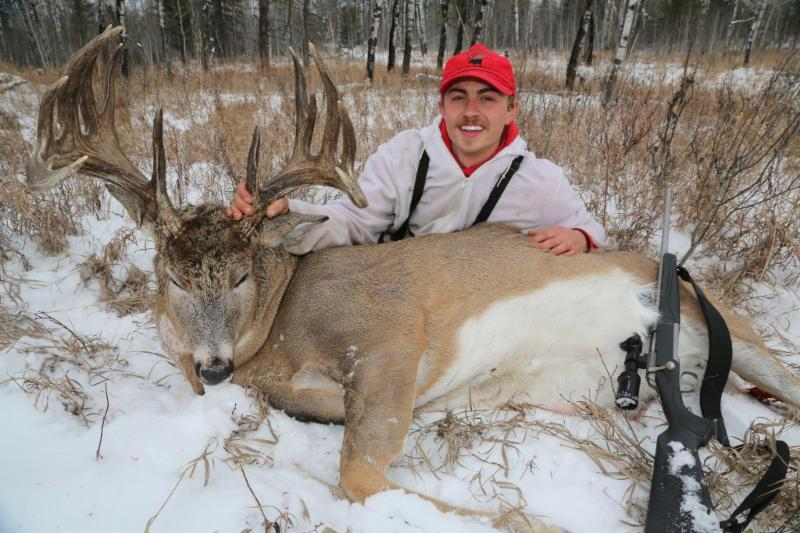 SK-_168-hunter-with-giant-buck-1