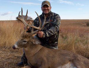 Kansas-255-beautiful-10-pointer-300x228