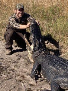325.big-fat-gator-225x300